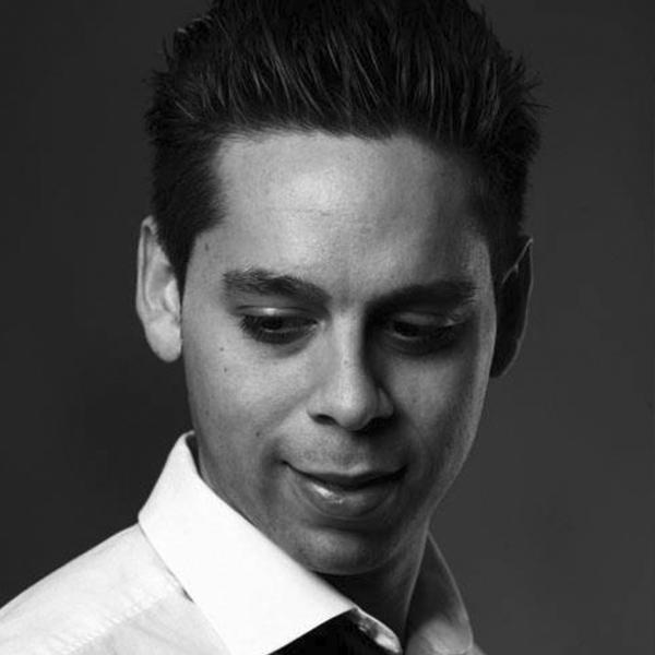 Leonardo Flores